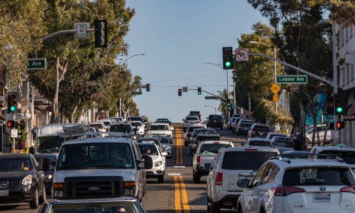 Pacific Coast Highway in Laguna Beach, Calif., on Oct. 15, 2020. (John Fredricks/The Epoch Times)