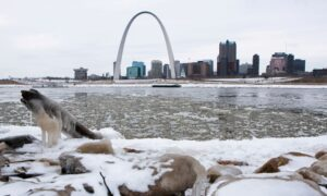 Snow, Freezing Rain Forecast for US Heartland on Valentine's Day Weekend