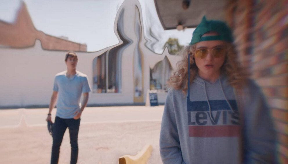 boy and girl in The Map of Tiny Perfect Things