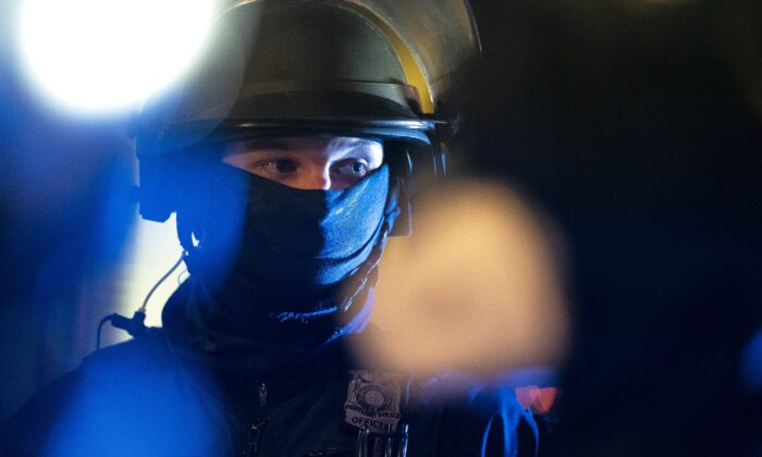 A Portland Police Bureau officer is seen in a file photograph in Portland, Ore. (Nathan Howard/Getty Images)