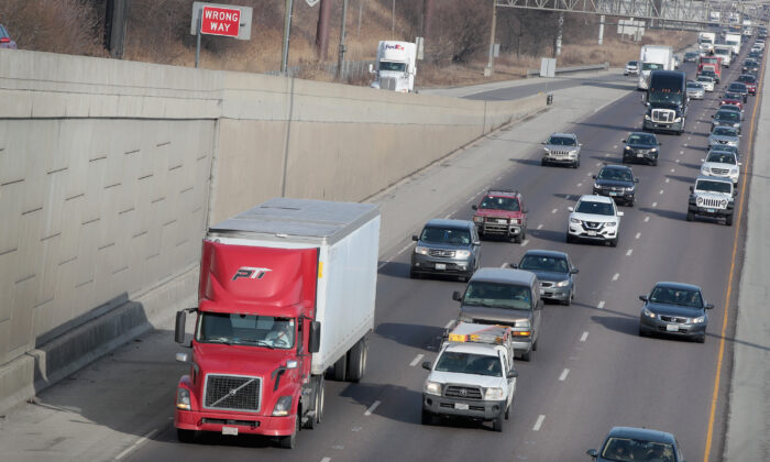 Interstate 55 in Chicago, Ill., in a file photo. (Scott Olson/Getty Images)