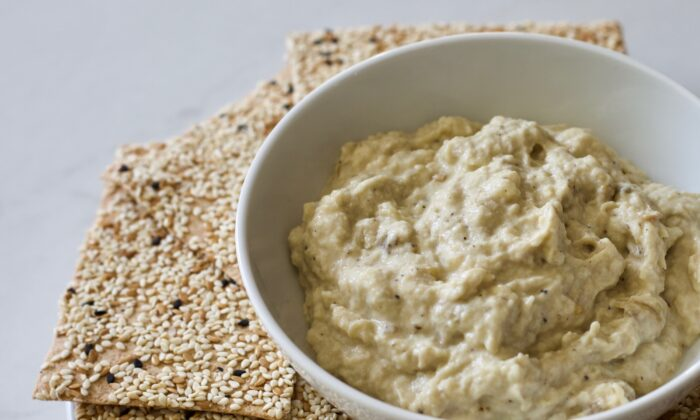 This dip can be served in a variety of ways. (Kary Osmond/TNS)