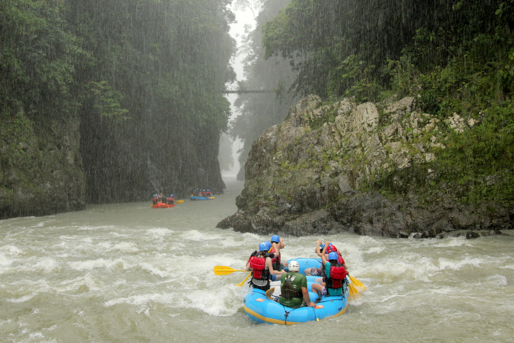 Group,Of,People,River,Rafting,On,Rio,Pacuare,In,Costa