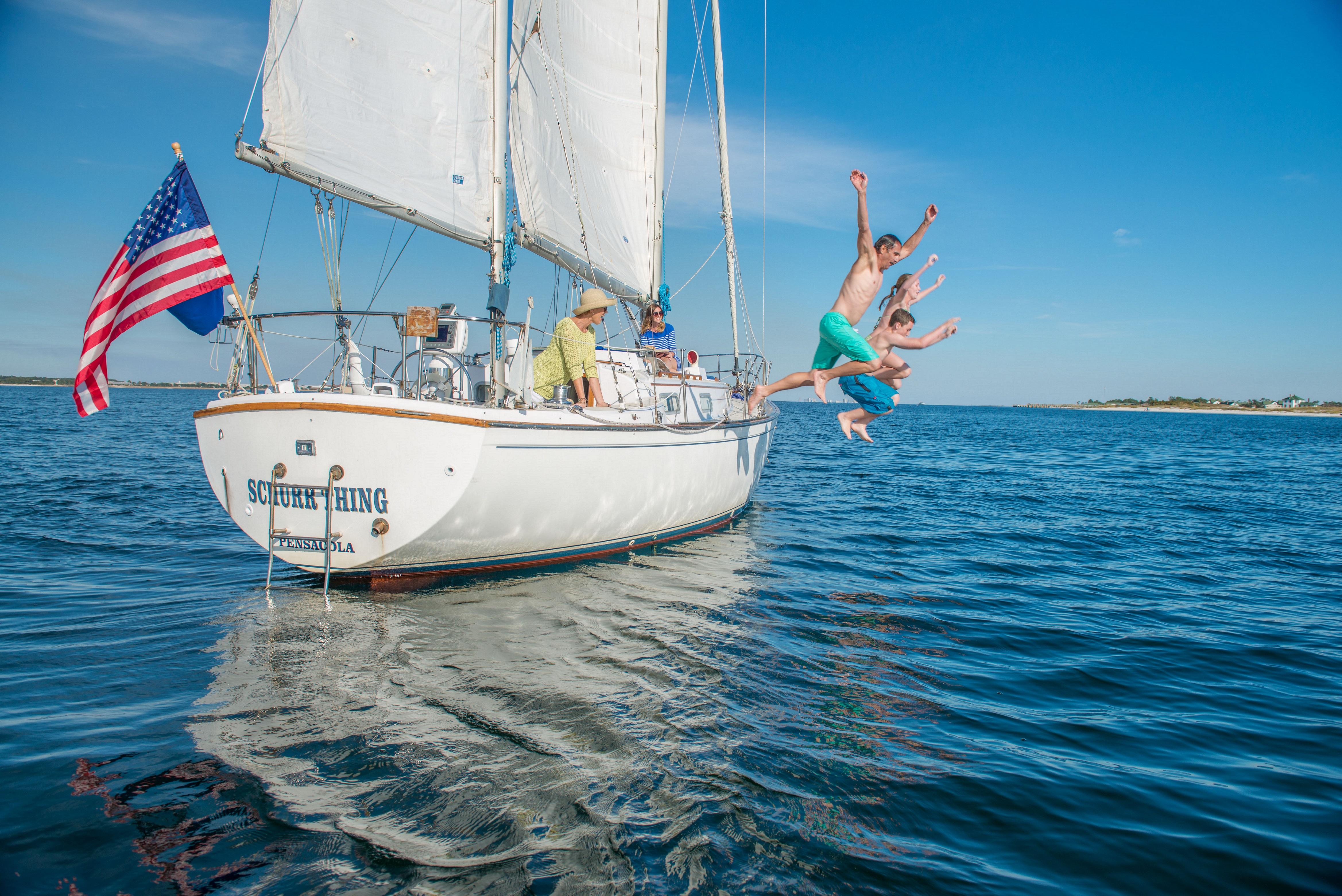 sailboat-jumping_213jpg_39352155765_o