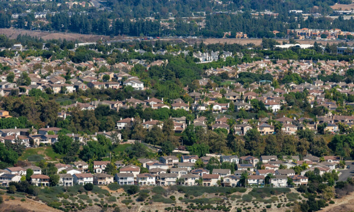 Booming Housing Market Creates Shifts in SoCal Moving Patterns