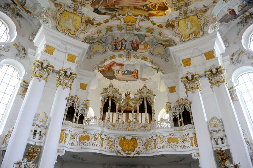 ORGANO_-_Santuario_Wieskirche_-_panoramio