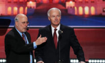 Arkansas Governor Urges Biden to Coordinate COVID-19 Vaccine Distribution With States
