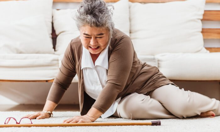 Musle loss is a significant risk factor for falls, the leading cause of accidental death in those 65 and older. (Koto Amatsukami/Shutterstock)