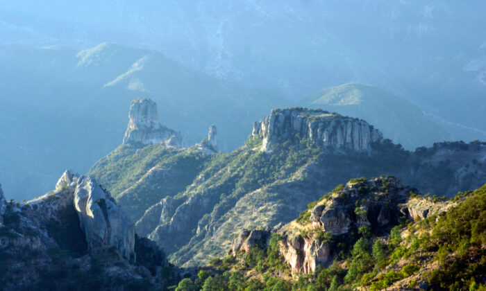 The Copper Canyon from above the rim at Urique, Chihuahua, Mexico. (William Hammer/Shutterstock)