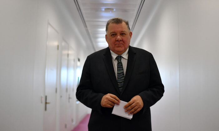 Member for Hughes Craig Kelly arrives in the Media Gallery at Parliament House in Canberra, Australia on Feb. 03, 2021 . (Sam Mooy/Getty Images)