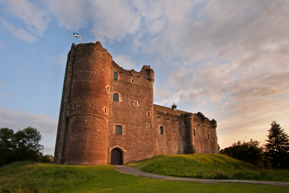 Doune,Castle,Near,Stirling,,Scotland,Is,A,Medieval,Courtyard,Fortress