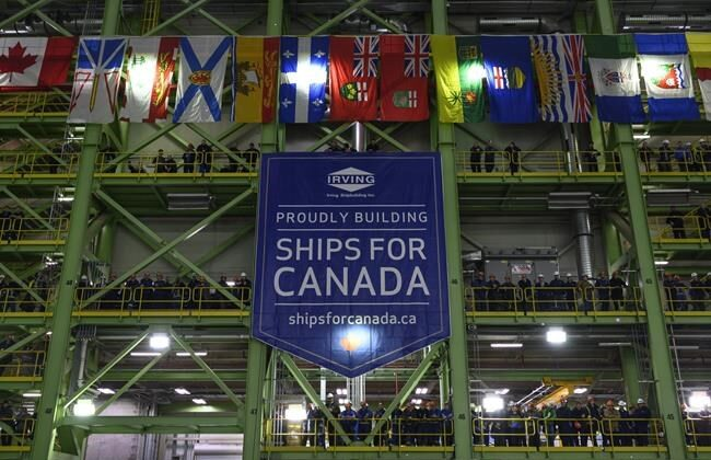 Shipbuilders and Irving employees attend an announcement at Irving Shipbuilding's Halifax shipyard on February 8, 2019. (Darren Calabrese/The Canadian Press)