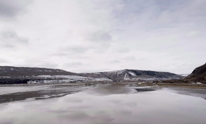 The Site C Dam location is seen along the Peace River in Fort St. John, B.C., on April 18, 2017.  (Jonathan Hayward/The Canadian Press)