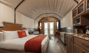 5 Great Places to Go Glamping