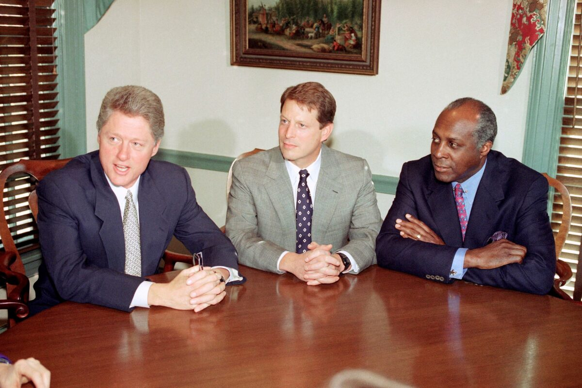Vernon Jordan meets Bill Clinton
