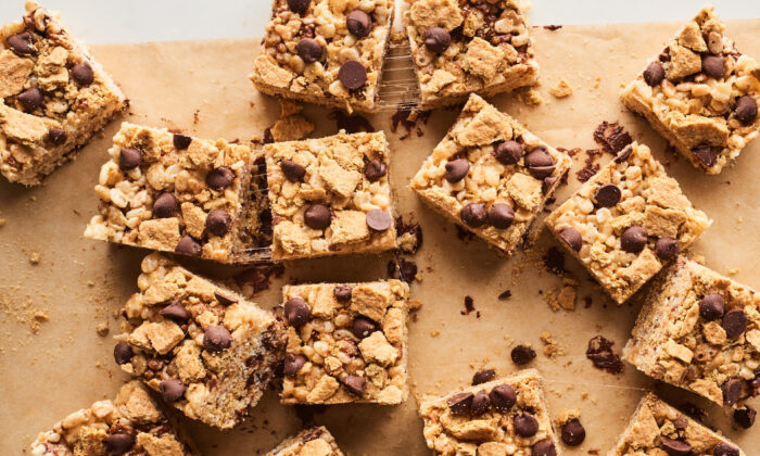 These treats deliver graham cracker flavor in every bite. (Joe Lingeman/TNS)