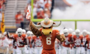 University of Texas President, Donors Clash Over Iconic Fight Song
