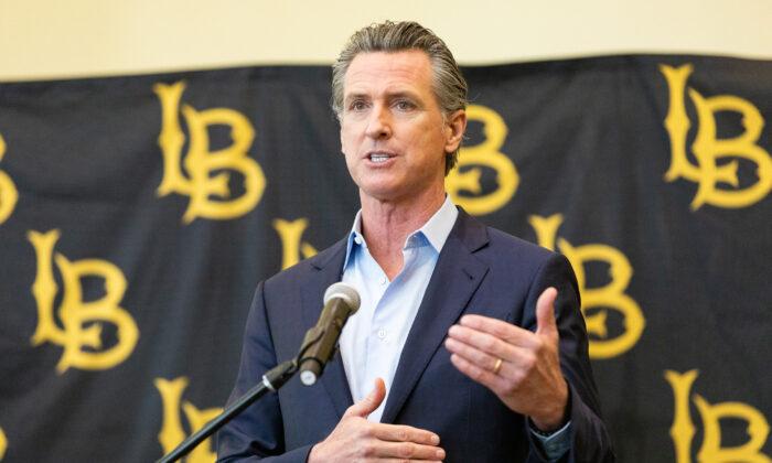 California Gov. Gavin Newsom speaks at California State University Long Beach, in Long Beach, Calif., on March 3, 2021. (John Fredricks/The Epoch Times)