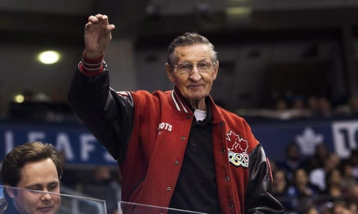 Walter Gretzky in a file photo. (The Canadian Press)