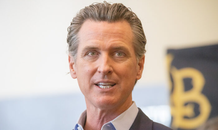 California Gov. Gavin Newsom speaks at California State University Long Beach, in Long Beach, Calif., on March 3, 2021. (John Fredricks/The Epoch Times)