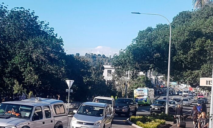 Traffic slowly works up to high ground as a tsunami warning is issued at Whangarei, New Zealand, on Fri. March 5, 2021. (Mike Dinsdale/New Zealand Herald via AP)