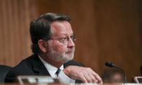 Trump-Era Defense Leaders Should Testify on Capitol Riot Response: Sen. Peters
