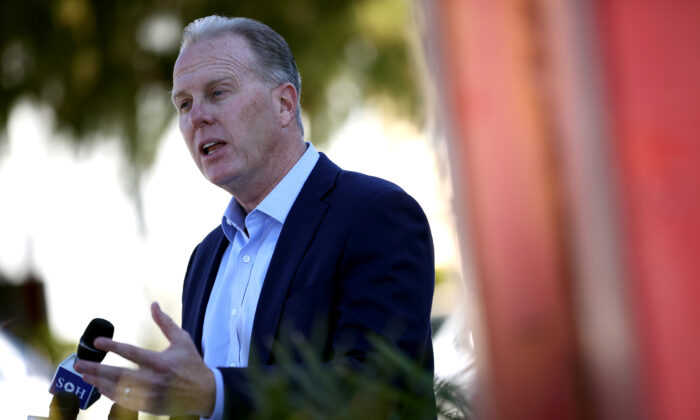Former San Diego Mayor Kevin Faulconer campaigns in front of Abraham Lincoln High School in San Francisco, Calif., on Feb. 17, 2021. (Justin Sullivan/Getty Images)