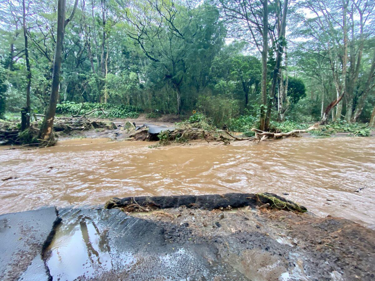 Hawaii Dam Breached