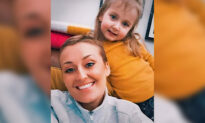 Mom With 'Incurable' Breast Cancer Opts for Alternative Treatments, Sees Tumor Shrink