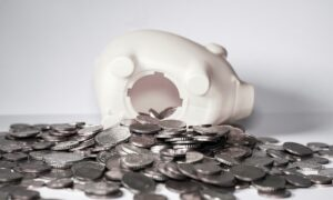 Struggling With Retirement Savings? Uncle Sam May Give You Extra Credit