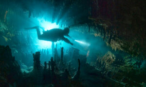 Photographer Captures Otherworldly Mayan Underwater Caves Formed Millions of Years Ago
