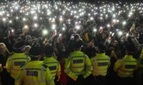 Lawmakers Call for England to Allow Protests During Lockdown