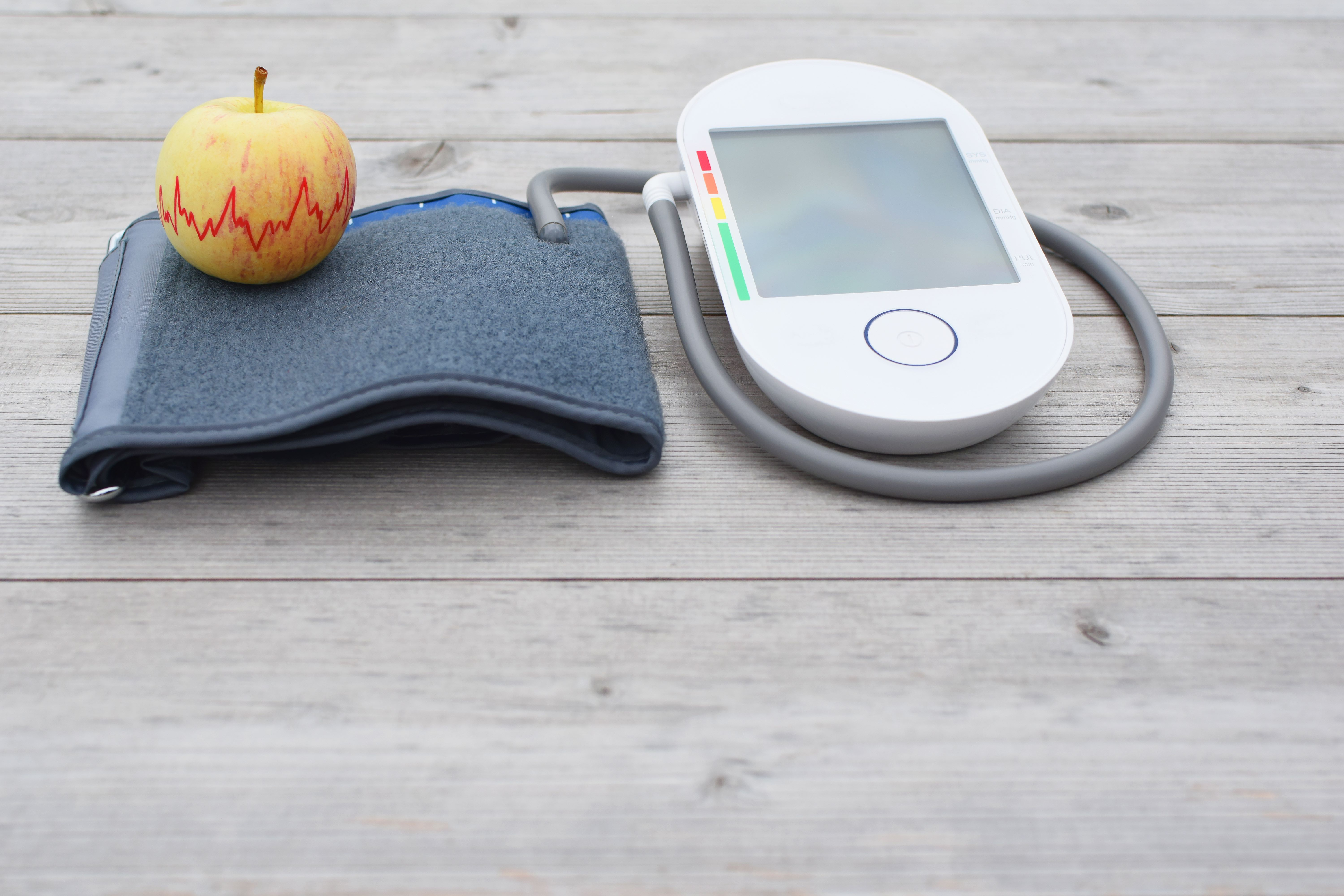 A home blood pressure monitoring device can help you keep tabs on your blood pressure.(ingae/Shutterstock)