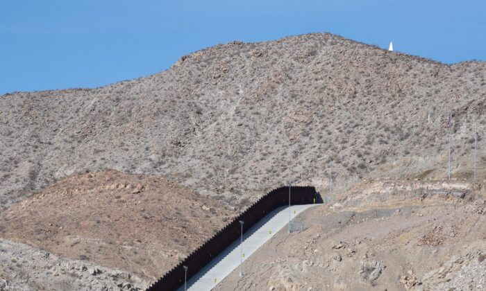 The border between the United States and Mexico is seen near El Paso, Texas on March 15, 2021. (Justin Hamel/AFP via Getty Images)