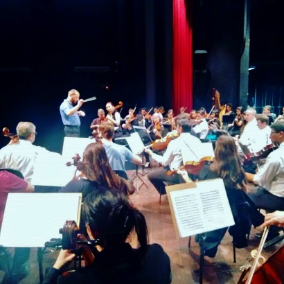 rehearsing The Sea Know with the strings