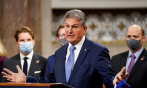 Manchin Floats Idea of 90-Day Immigration Moratorium to Send Message and Ease Border Surge