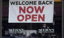 US Jobless Claims Rise to 719,000 as Lockdowns Still Force Layoffs