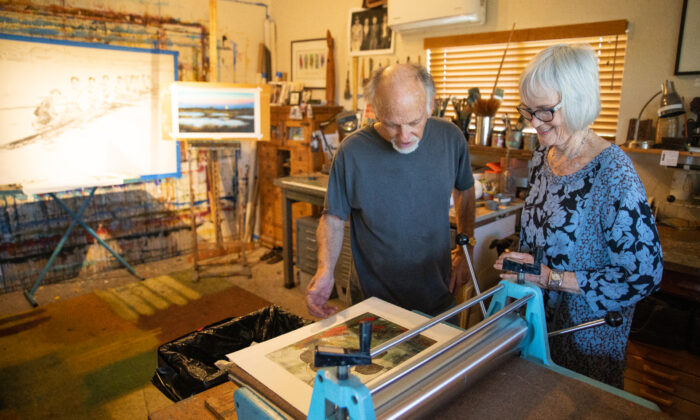 Artists Hyatt and Anne Moore in their home studio in Dana Point, Calif., on March 17, 2021. (John Fredricks/The Epoch Times)