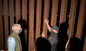'Alarming:' Senators Visit Border, See Surge in Illegal Immigrants Firsthand