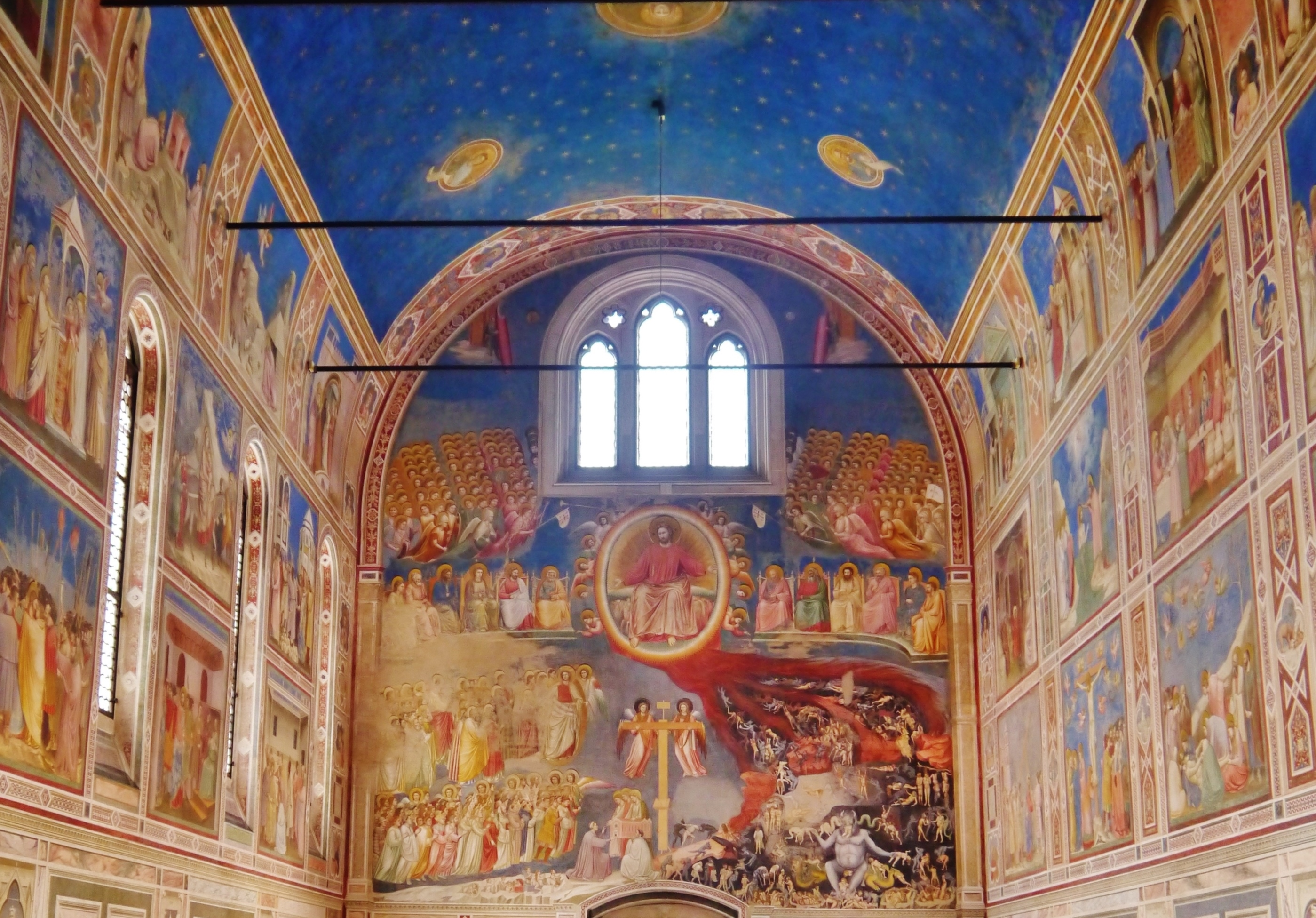 The nave of the Scrovegni Chapel in Padua, Italy. (Zairon/ CC BY-SA 4.0)