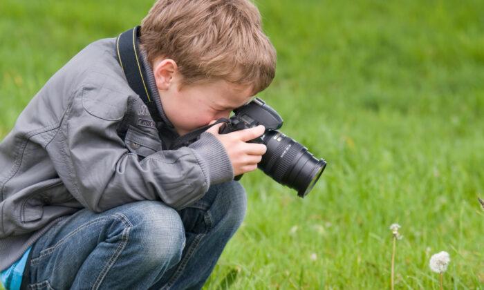 Stoke interest by getting outside and going on field trips. (Marcel Mooij/Shutterstock)
