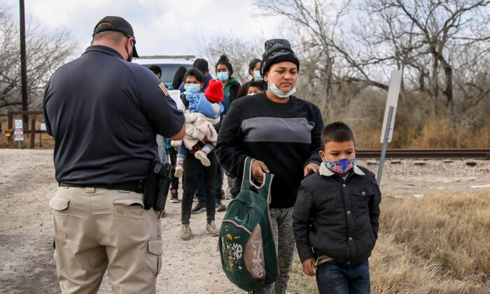 Temporary facilities in Donna, Texas, are being used to process family units and unaccompanied alien children apprehended by Border Patrol. (CBP)
