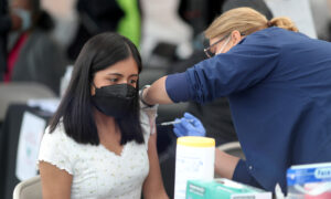 Los Angeles City Council Proposes COVID-19 Vaccination Passports for Restaurants, Theaters