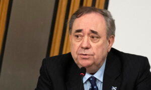 Scotland's Salmond Launches Rival Pro-Independence Party