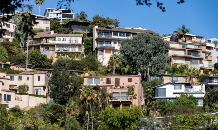 Houses dot the hillside overlooking Laguna Beach, Calif., on Oct. 15, 2020. (John Fredricks/The Epoch Times)
