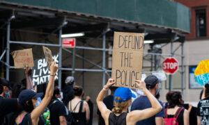 Black Lives Matter Vandalize Central Park Monument, Clash With Police, 6 Arrested