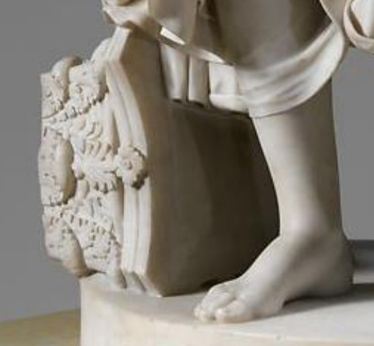 Nydia's foot and column capital detail