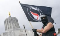 Video: Facts Matter (March 29): Heavily Armed Antifa Rioters Stormed Oregon Capitol