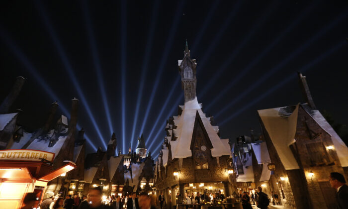 "A general view of ""The Wizarding World of Harry Potter"" attraction during a special preview opening at Universal Studios Hollywood in Universal City, Calif., on April 5, 2016. (Mario Anzuoni/Reuters)"