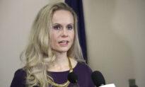 Murkowski's Primary Challenger Hires 4 Trump Campaign Alumni